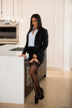 Layla is total class 04