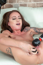 Kendra Cole Loves Squirting 18