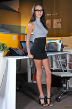 Janice Griffith Gets Fucked By Her Boss 00