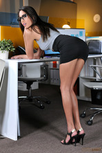Janice Griffith Gets Fucked By Her Boss 01
