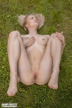Yoga girl gets full naked 15