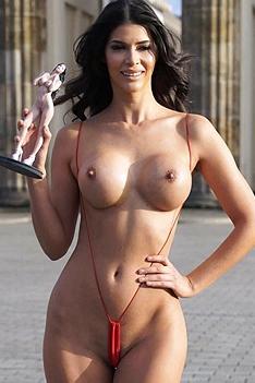 Micaela Schaefer Public Nudity